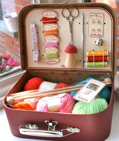 train case knitting